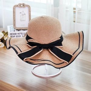 Accessories - Woman's cream butterfly hats
